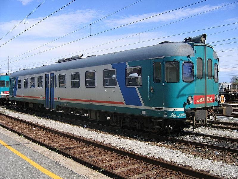 Treno ALn668